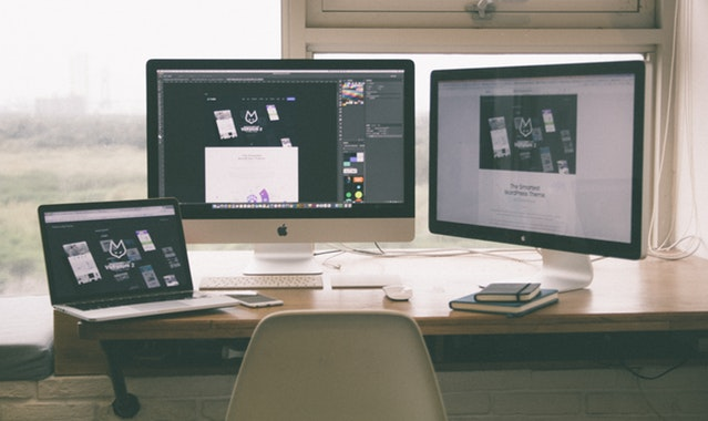 balck-and-white-website-design